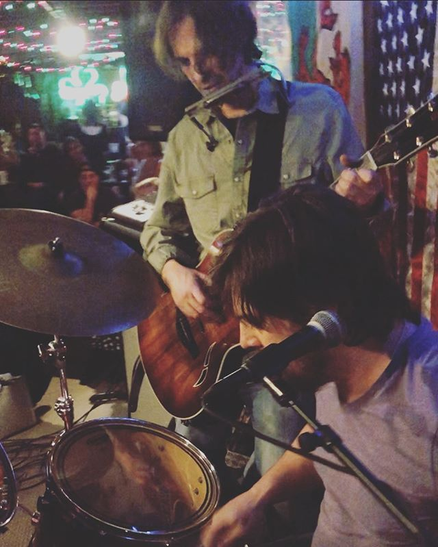 Catch the dynamic duo at Tanner's in Waldo this Saturday night!! 7-10 PM @mcochran32 #duo #cammyandmikeyforever #flannigansrighthook #guitar #drums #vox #kansascity #waldokc
