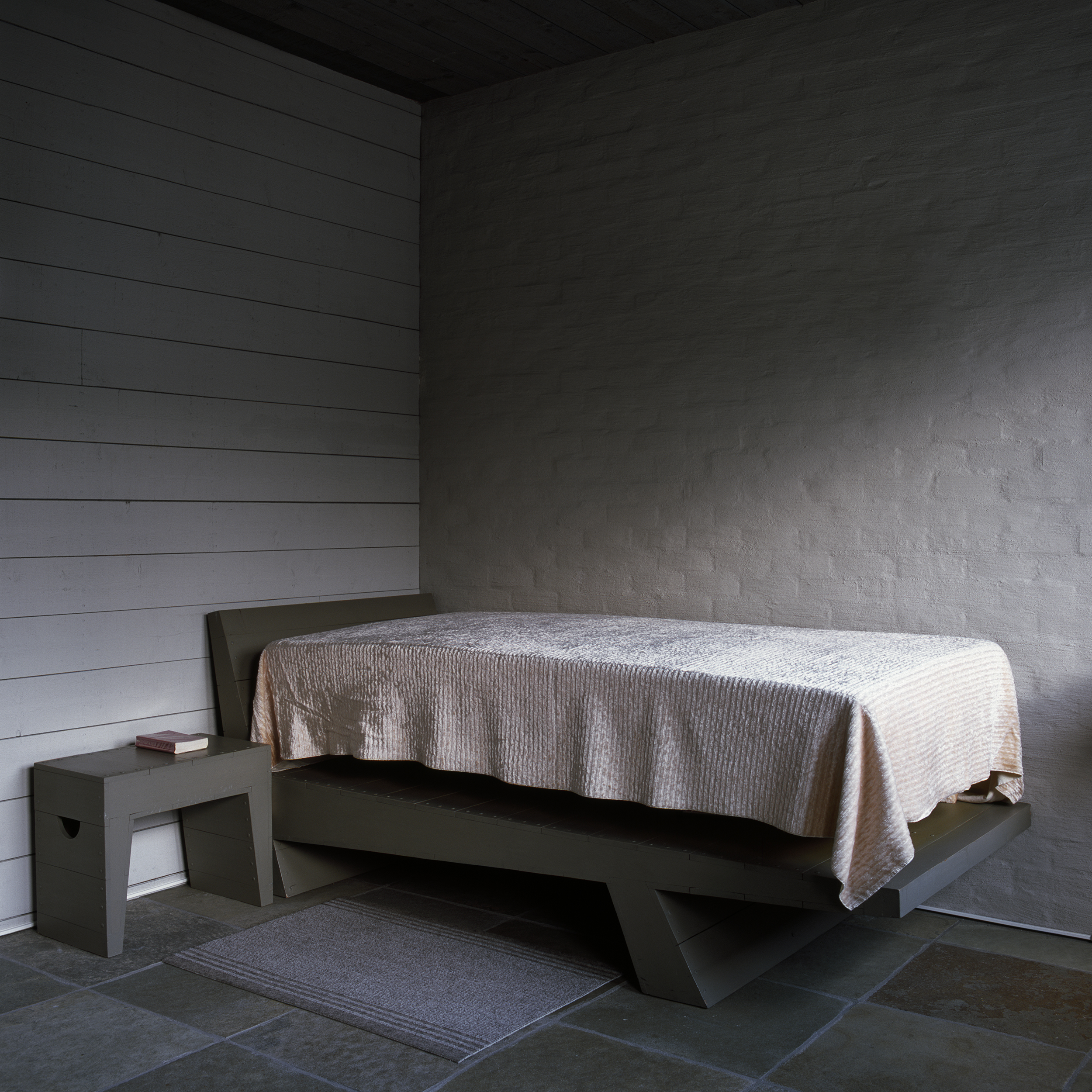 HvdL bed.jpg