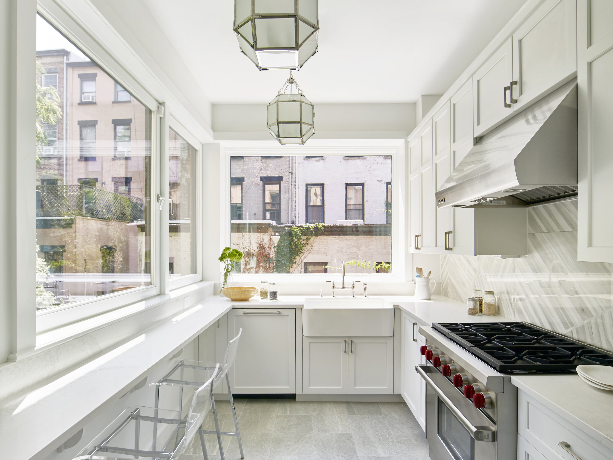 White-Modern-Kitchen-Glass-Pendant-Light-Farmhouse-Sink-JMorris-Design-Interior-Designer-Brooklyn-New-York-Online.jpg