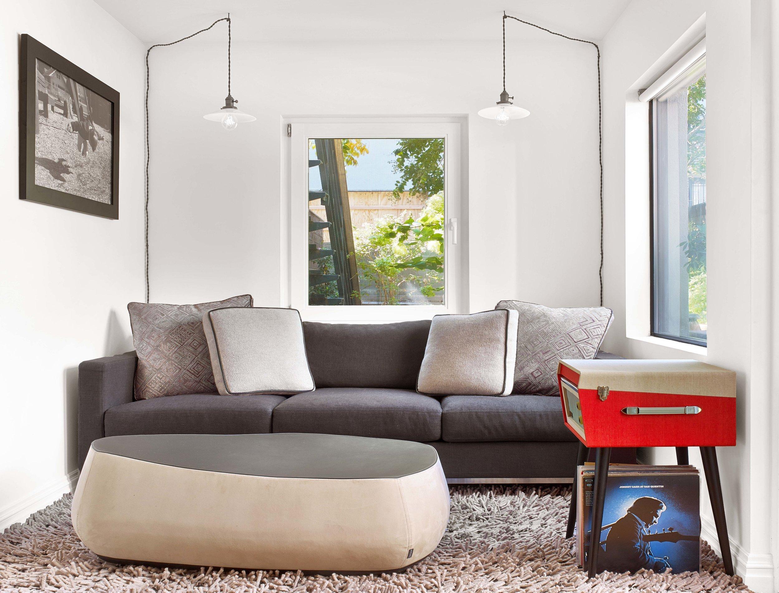 Leather-Ottoman-Moroso-USA-JMorris-Design-Brooklyn.jpg