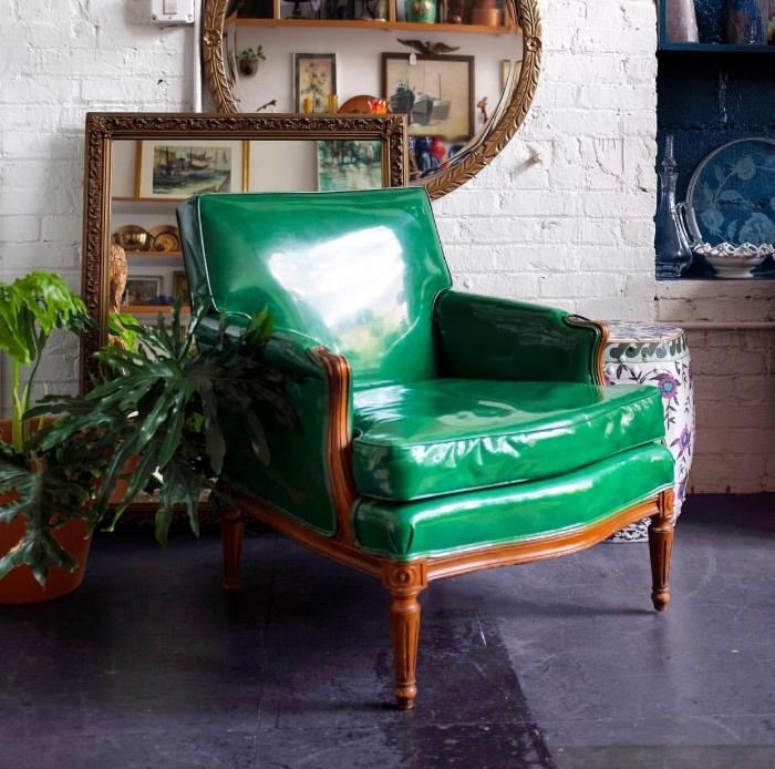Green vinyl refinished vintage chair via @yourandyoursfinevintage  https://www.youandyoursfinevintage.com/