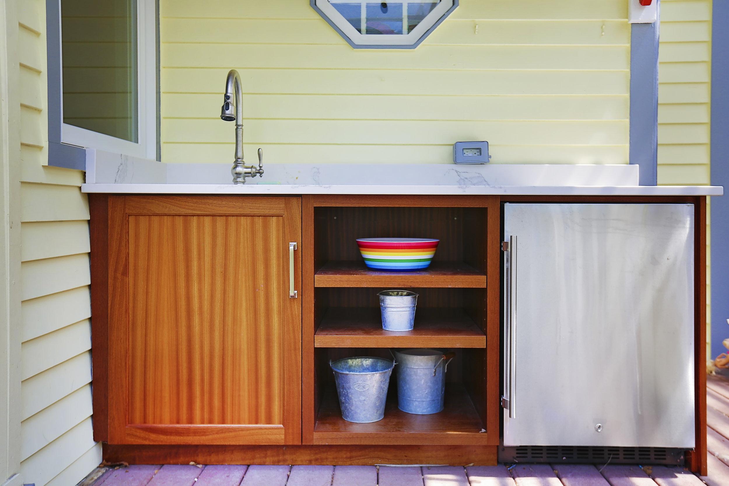 Simple-Outdoor-Kitchen-Yellow-Mini-Fridge.jpg