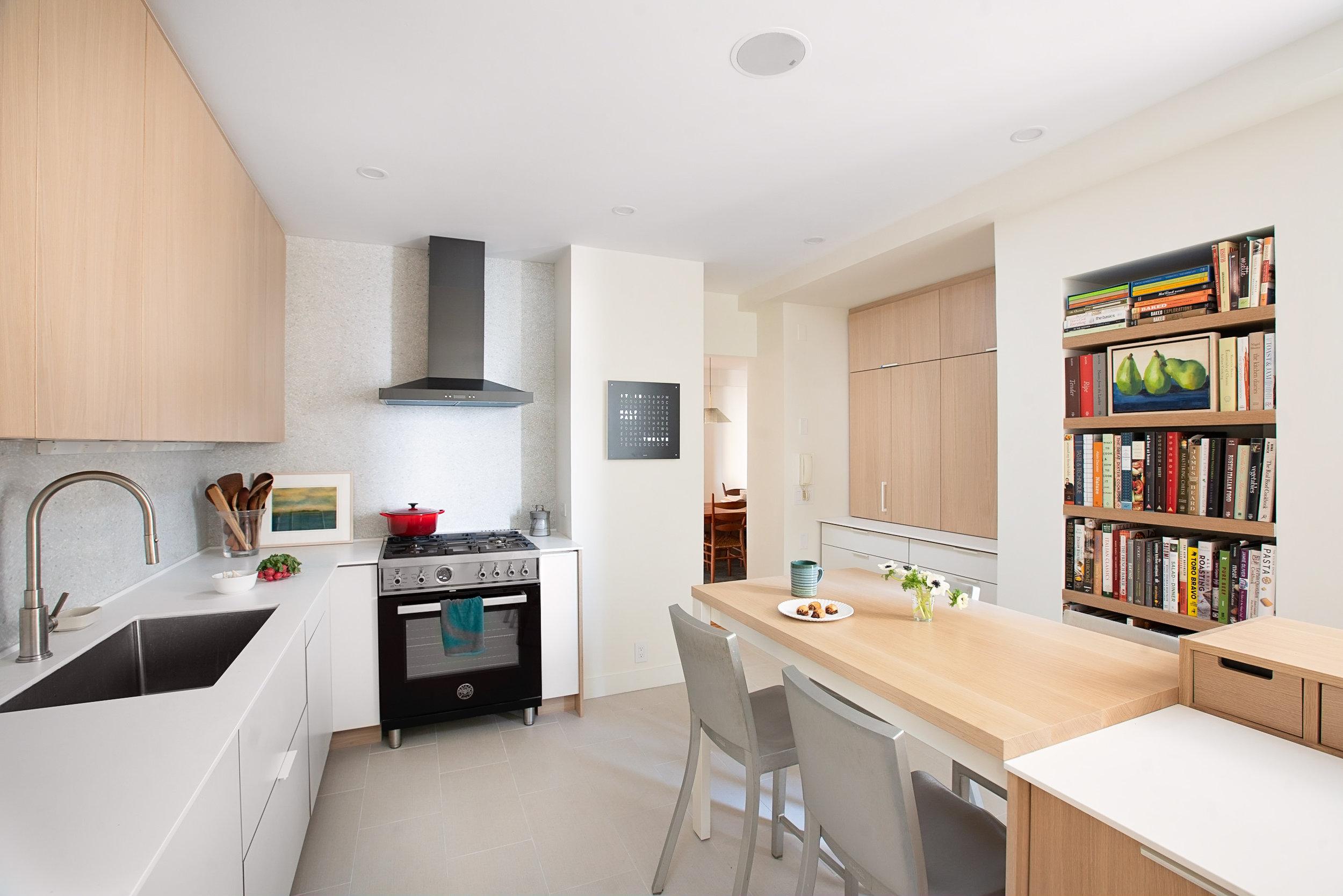 Henrybuilt-Kitchen-Oak-White-Park-Slope-Brooklyn-JMorris-Design.jpg