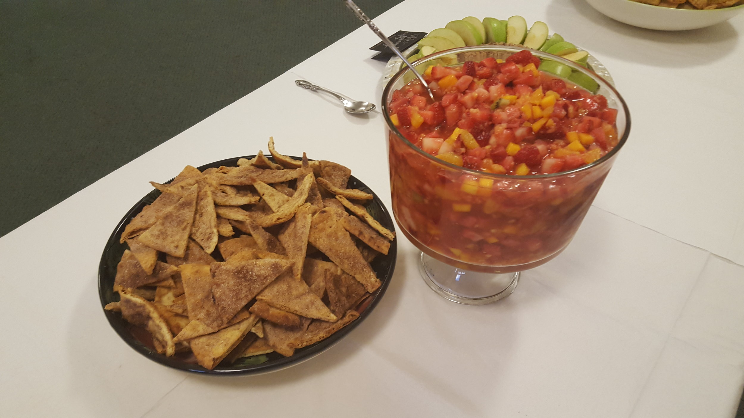 Fruit Salsa cinnamon pita chips.jpg