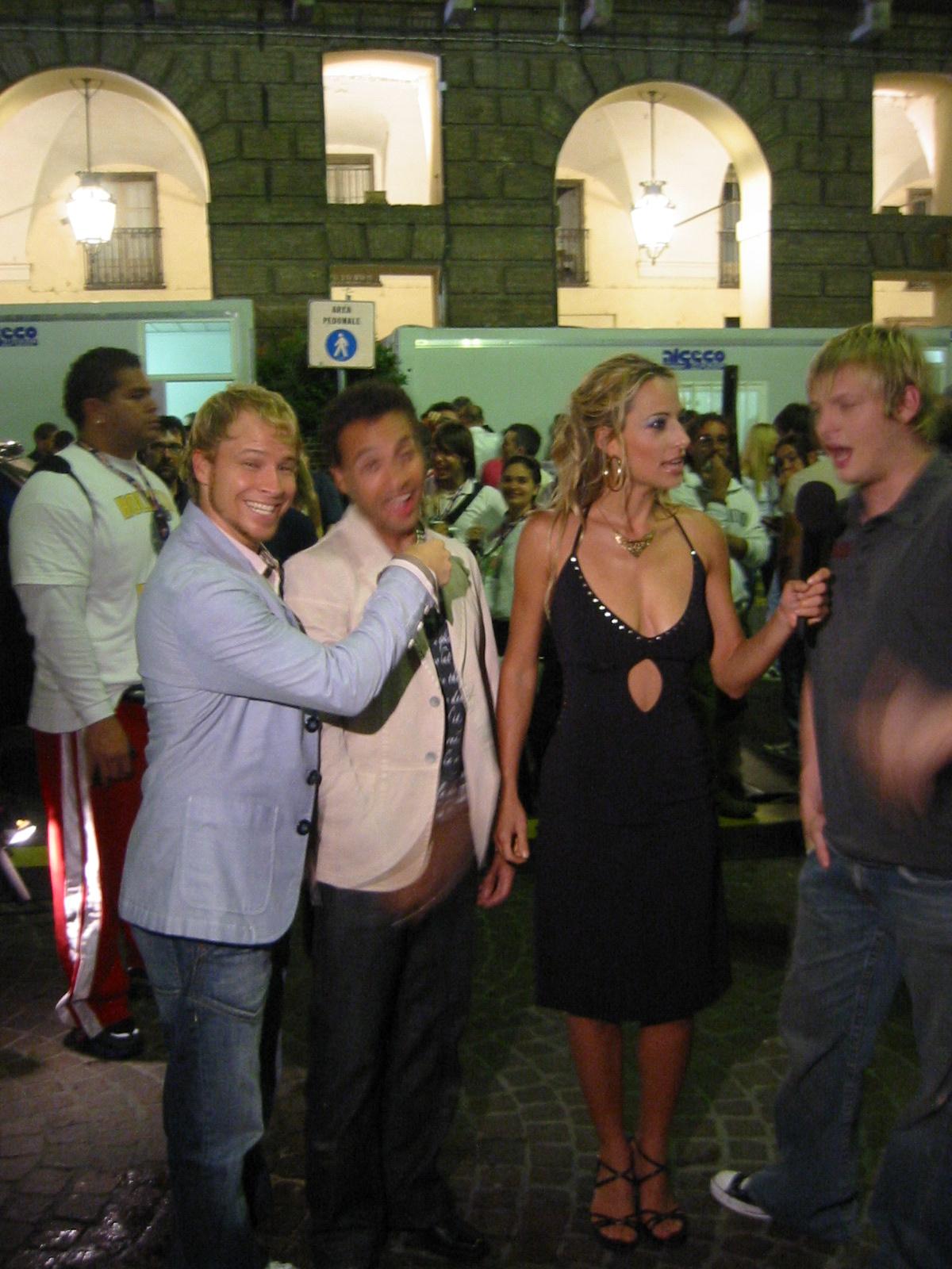 "Jessica interviews The Backstreet Boys for network tv concert series ""Festivalbar"""