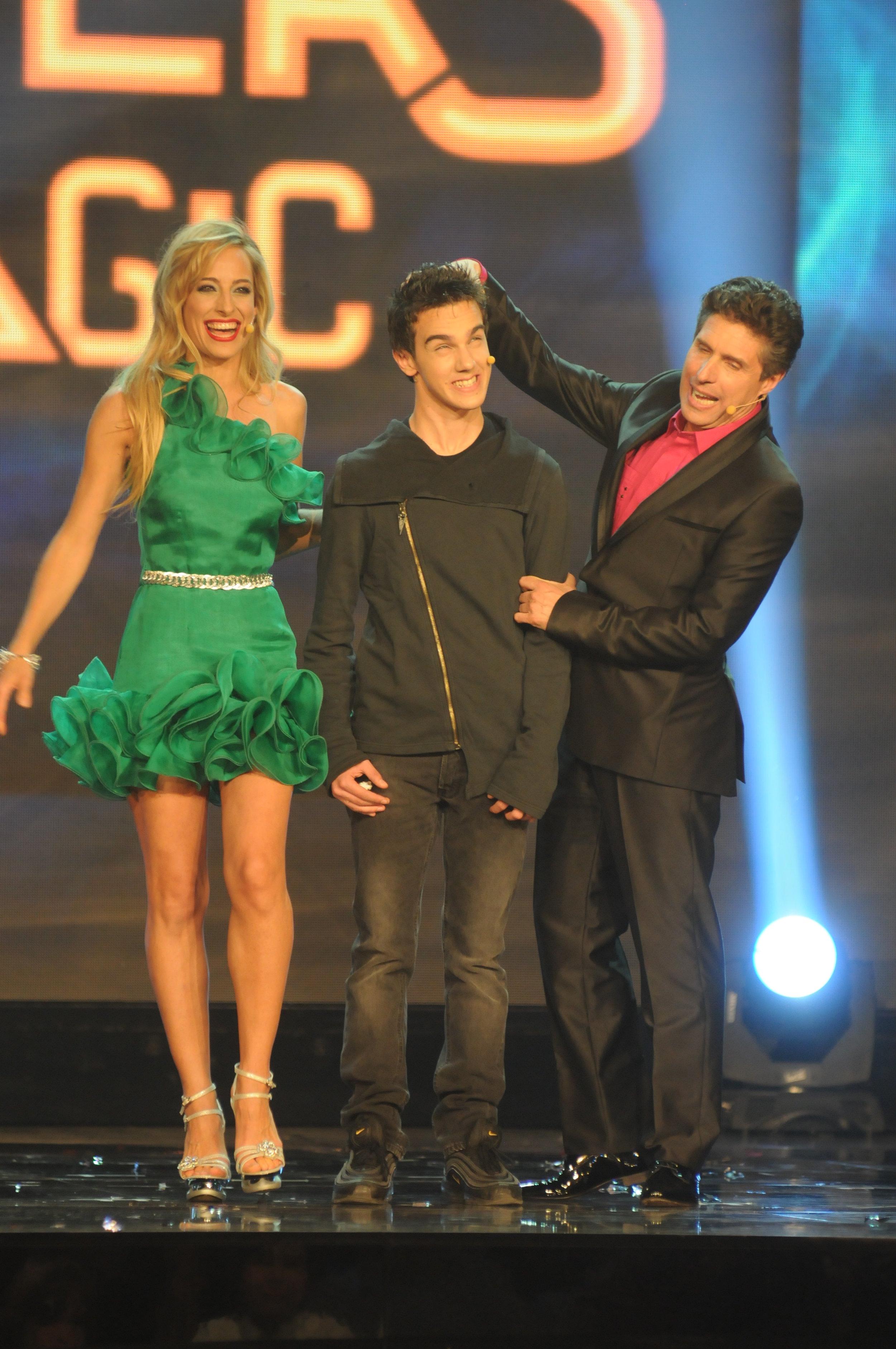 "Jessica hosts primetime network tv gala ""Masters of Magic"""