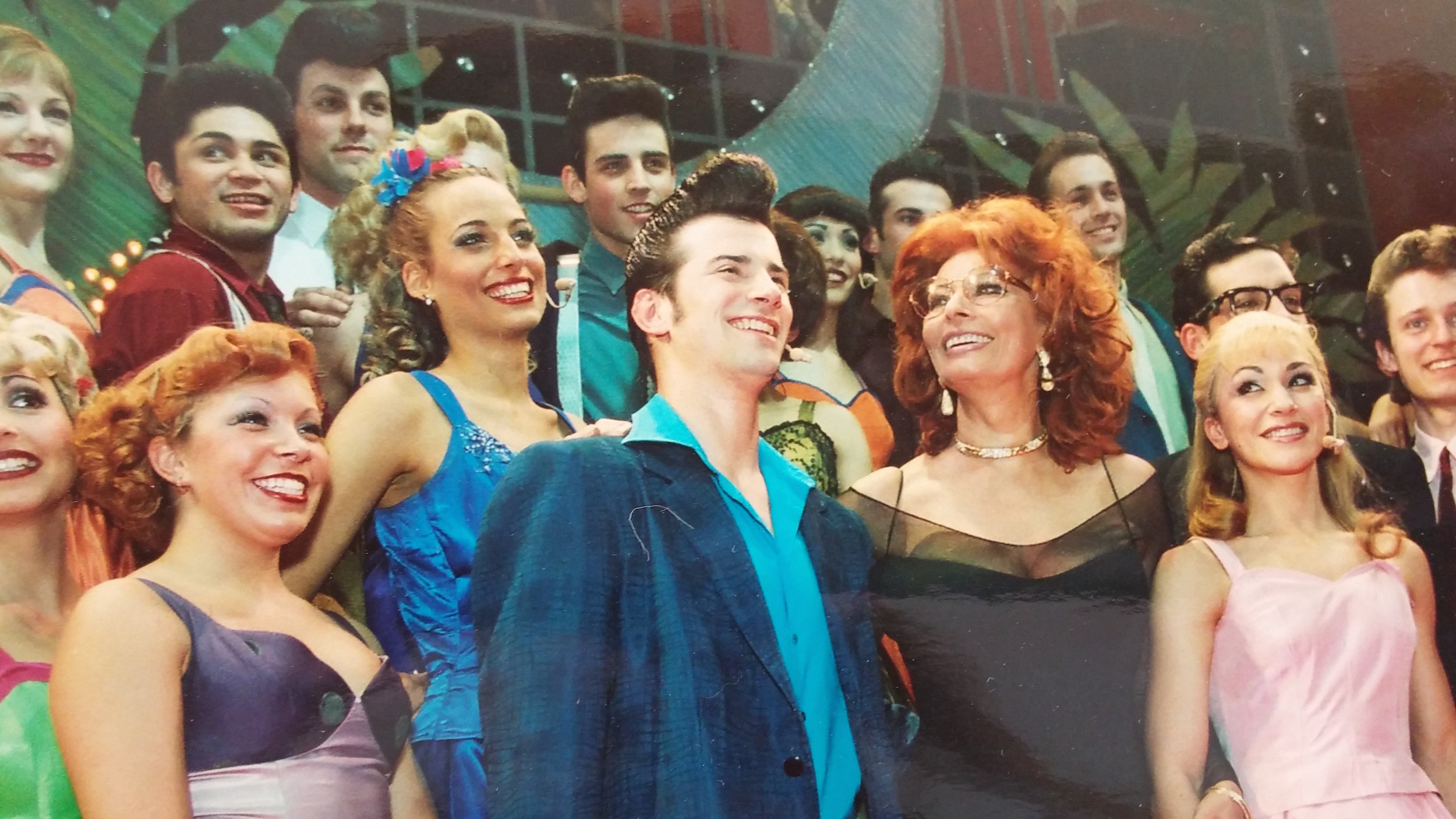 """Jessica and the cast of the World Tour of """"Grease"""" welcome Sophia Loren at their opening night premiere, Munich"""