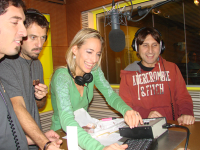 Jessica with dear friends, the comic trio Trio Medusa, on the air on Italian radio