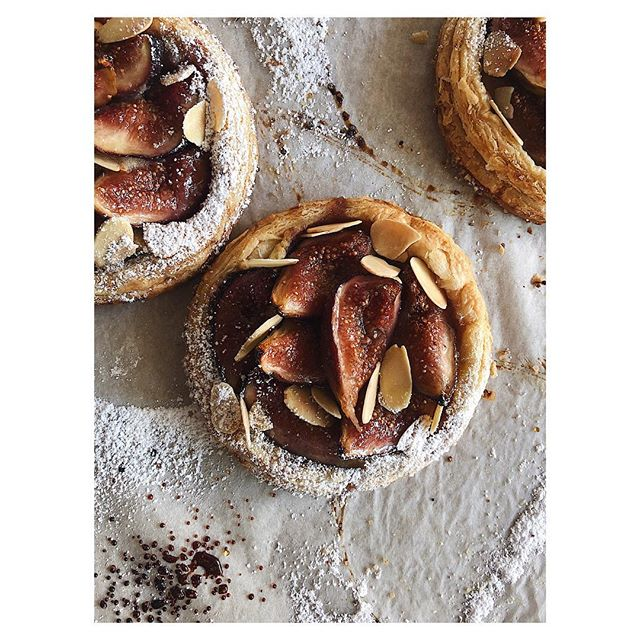 Yarra valley figs and almonds Carlton tomorrow 8-1 @melbournefarmersmarkets  See you there 🙂