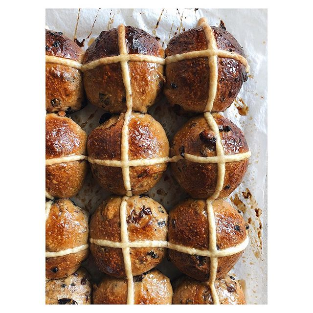 More and more buns!  You can pre-order our hot cross buns from us for collection at Alphington Market this Sunday. $18 for 6, order book closes at the stroke of midnight on Friday 💚🐰