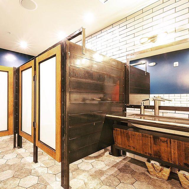 Your not-so-average #restaurantbathroom at #thetangledwood. . . . #restaurantdesign #industrial #bathroom #bathroomdesign #customwoodwork #wood #woodworking #custommade #woodshop #workshop #makersgonnamake #woodgrain #checkoutthebathroom #restroom #bathroomvanity #furnituremaker #restaurantdesign