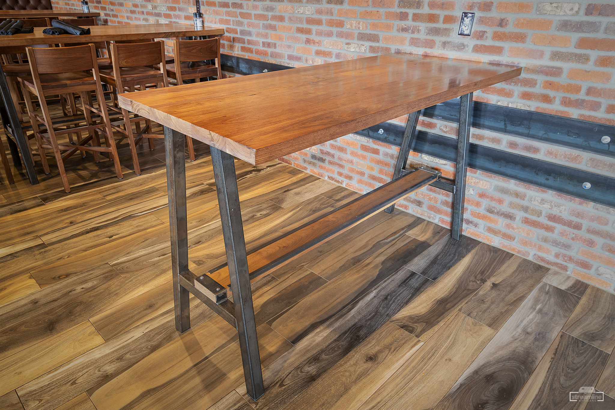 We build to your specs - Elegant and modern. Bold and industrial. Warm and rustic. Our team of designers and fabricators can create designs in whatever style you choose.