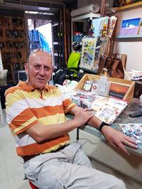 Steve Mongkut - San Paper and Layabout Books Bangkok