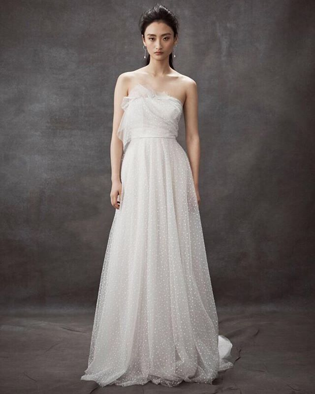 DAN JONES||2020  MIRAGE ... Ash grey and natural hues blend together with soft velvet spot tulle layers hand draped to ombré perfection.  Photography @elle4lovephotography  Hair @pietpantano @wildlifehairsydney  MUA @sashanilssonmakeup  #danjones #bride #bridetobe #bridal #nybfw2020  @loho_bride @ritualsoflovebridal @thewhiteroommpls @loversland @spinabride @lunasewickley @thesentimentalistatl @moonlightlaceboutique @jadealexandrabridal @vivienneparisbride @soyoobridal_official @hopexpage @bluebellbridal_ @sphere_collective
