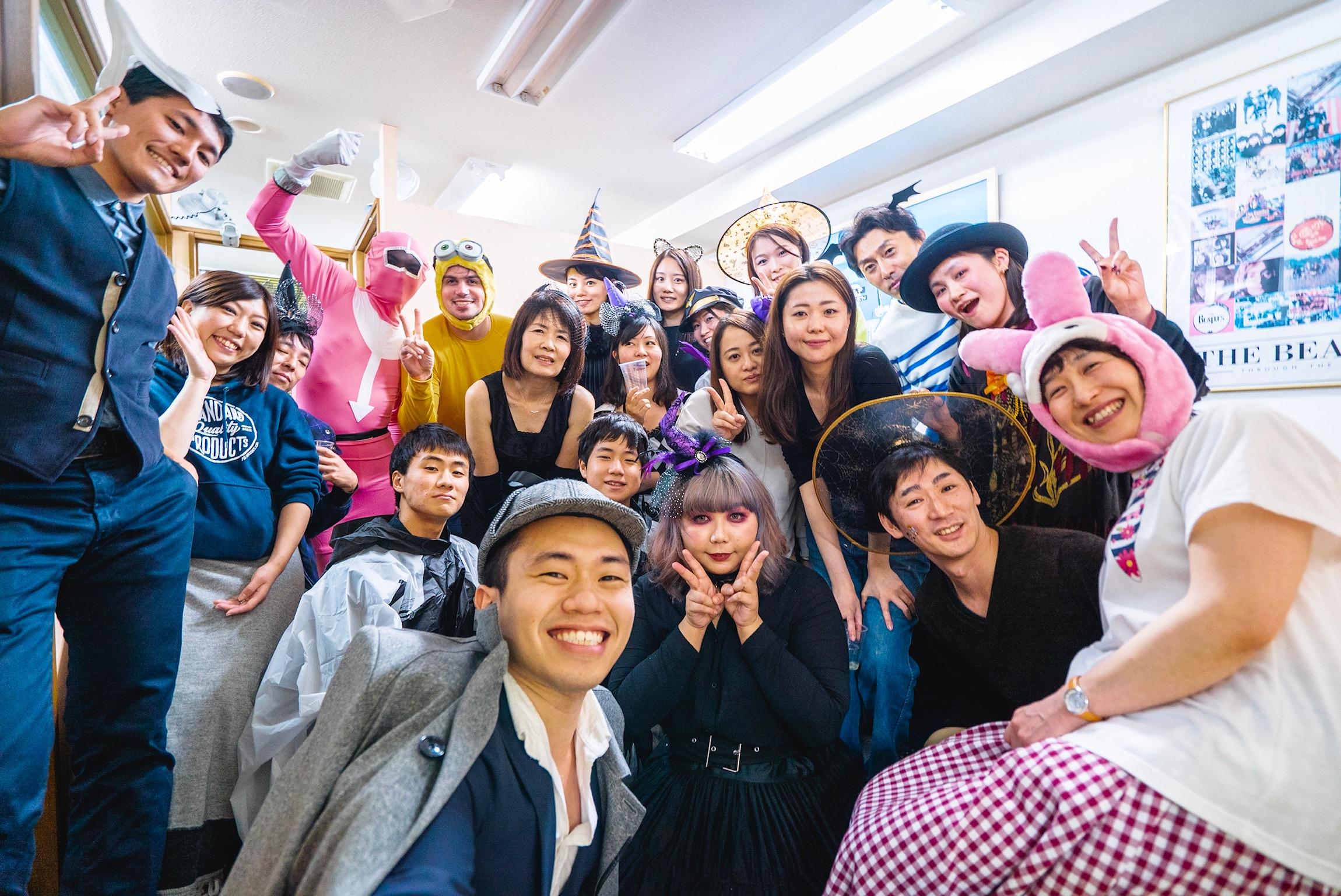 BMC Extras - ・BMCでは、2ヵ月に一度イベント企画レッスンを開催しています。・有志の生徒さんがBMCサークルを運営しています。