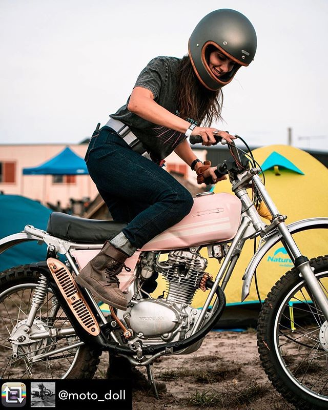 Ok so you can't reeeeaaally see our awesome upcycled inner tube bumbag in this pic ... but you can see the silver strap and @moto_doll doing what she does best!  #longweekend#camping#chickswhoride#honda#pink#upcycle#bumbag#mdthebrand#moto#kickstartmyheart#innertube#seatbelt#handmadeintasmania 📸@c_o_n_r_a_d_c_o_l_e_b_y