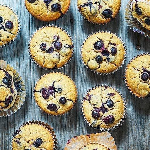 Juhu die Fastenzeit ist vorbei! Diese süsse Verführung kannst du dir ohne schlechtes Gewissen gönnen!  Woohoo lent is over! Time to treat  yourself to these tasty muffins!  #muffins #vegan #treat #myfoodways #recipes #Inspiration