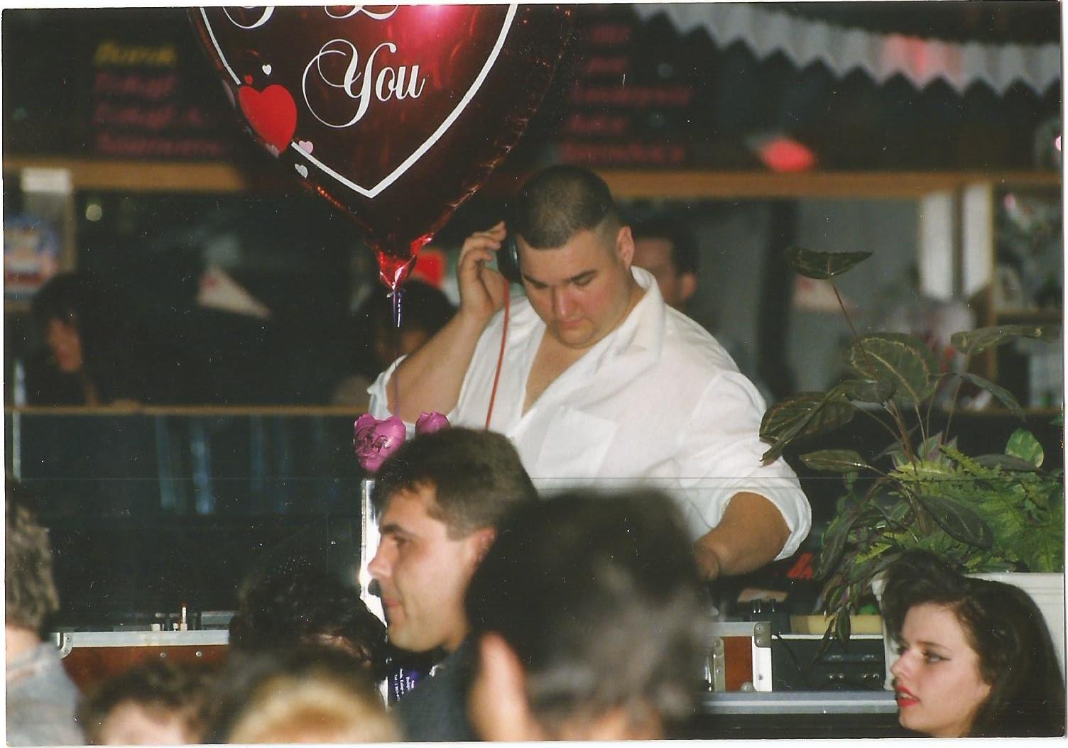 DJ 3.jpg