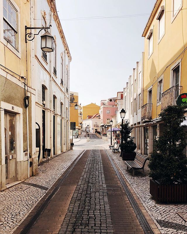 When you discover a  small and cosy village deep in Portugal 😌 ⠀⠀⠀⠀⠀⠀⠀⠀⠀⠀⠀⠀ ⠀⠀⠀⠀⠀⠀⠀⠀⠀⠀⠀⠀ ⠀⠀⠀⠀⠀⠀⠀⠀⠀⠀⠀⠀ ⠀⠀⠀⠀⠀⠀⠀⠀⠀⠀⠀⠀ ⠀⠀⠀⠀⠀⠀⠀⠀⠀⠀⠀⠀ ⠀⠀⠀⠀⠀⠀⠀⠀⠀⠀⠀⠀ #exploring #portugal #village #alcobaça #instatravel #citytrip #travel #vacay #photography #visitportugal #pastel #photographer #roadtrip #colours #oldtown #instadaily #instaphoto #instamood