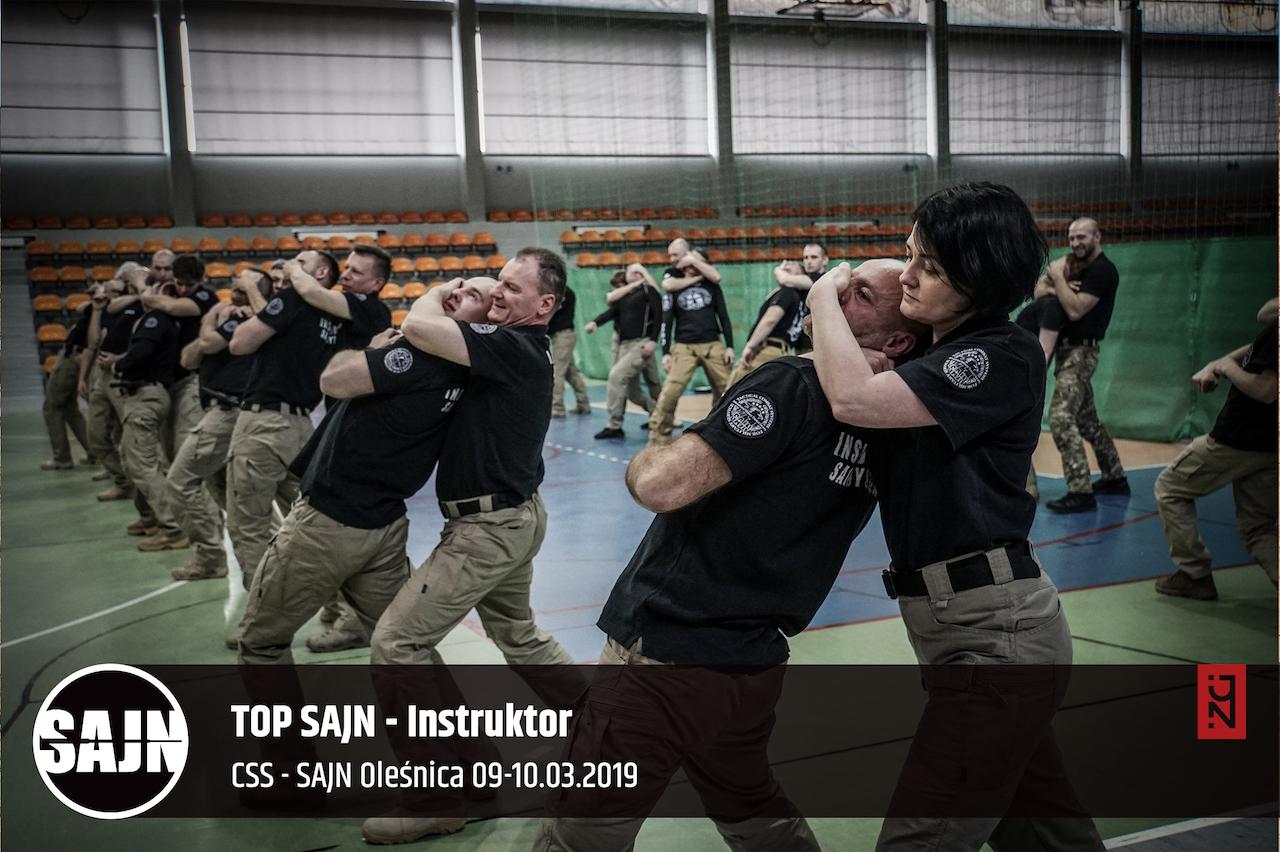 170_jan nycek_sajn_szkolenia dla sluzb mundurowych_palaka teleskopowa_walka wrecz_obrona przed nozem_ walka nozem_1.jpg