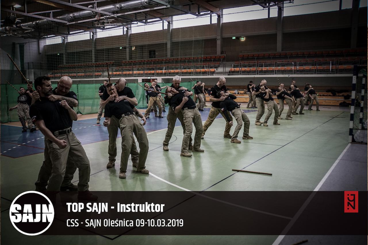 170_jan nycek_sajn_szkolenia dla sluzb mundurowych_palaka teleskopowa_walka wrecz_obrona przed nozem_ walka nozem_3.jpg