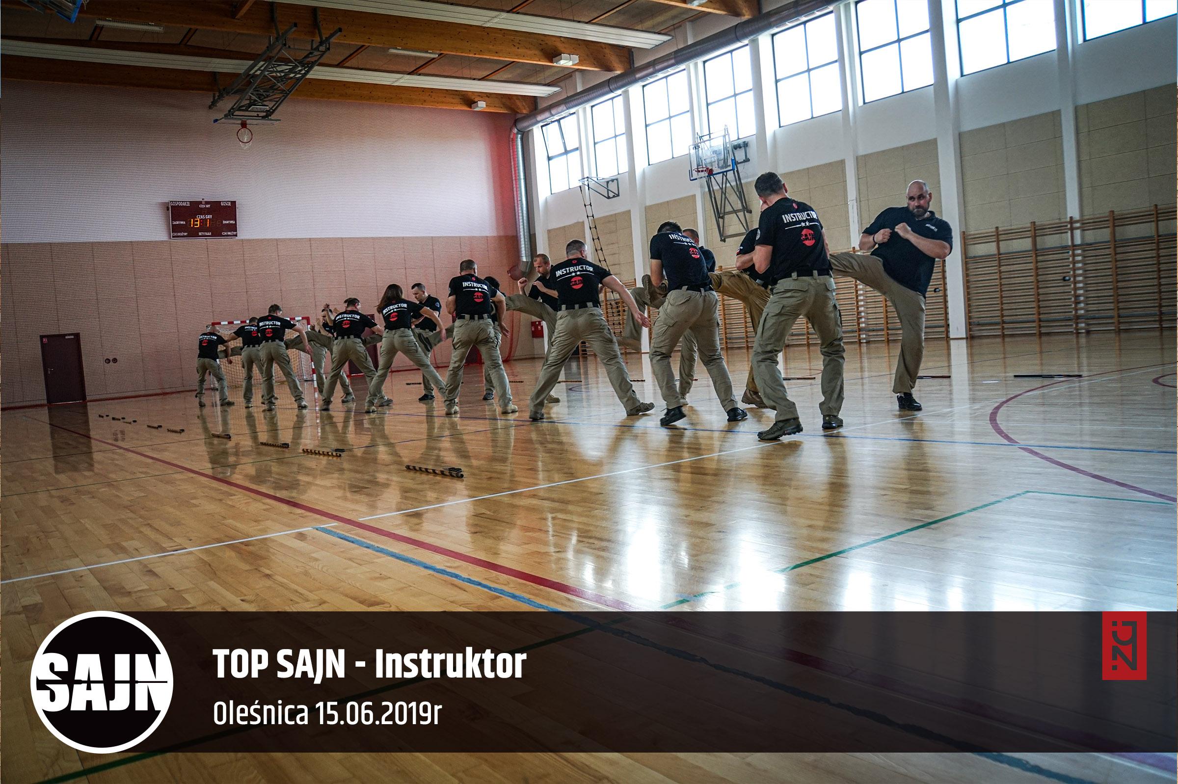 jan nycek_sajn_szkolenie dla sluzb mundurowych_palka teleskopowa_walka nozem_4.jpg
