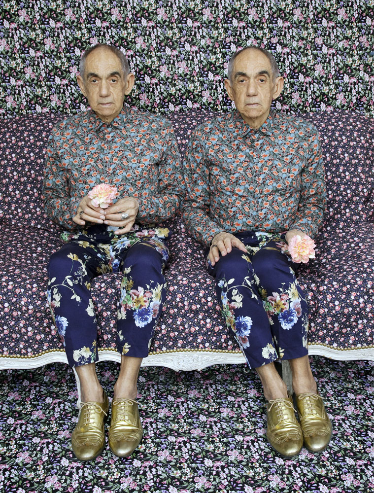 Copy of « LOOKING FOR THE MASTERS IN RICARDO'S GOLDEN SHOES #109 (FLOWERS ON FLOWERS + TWINS TREND) » BY CATHERINE BALET