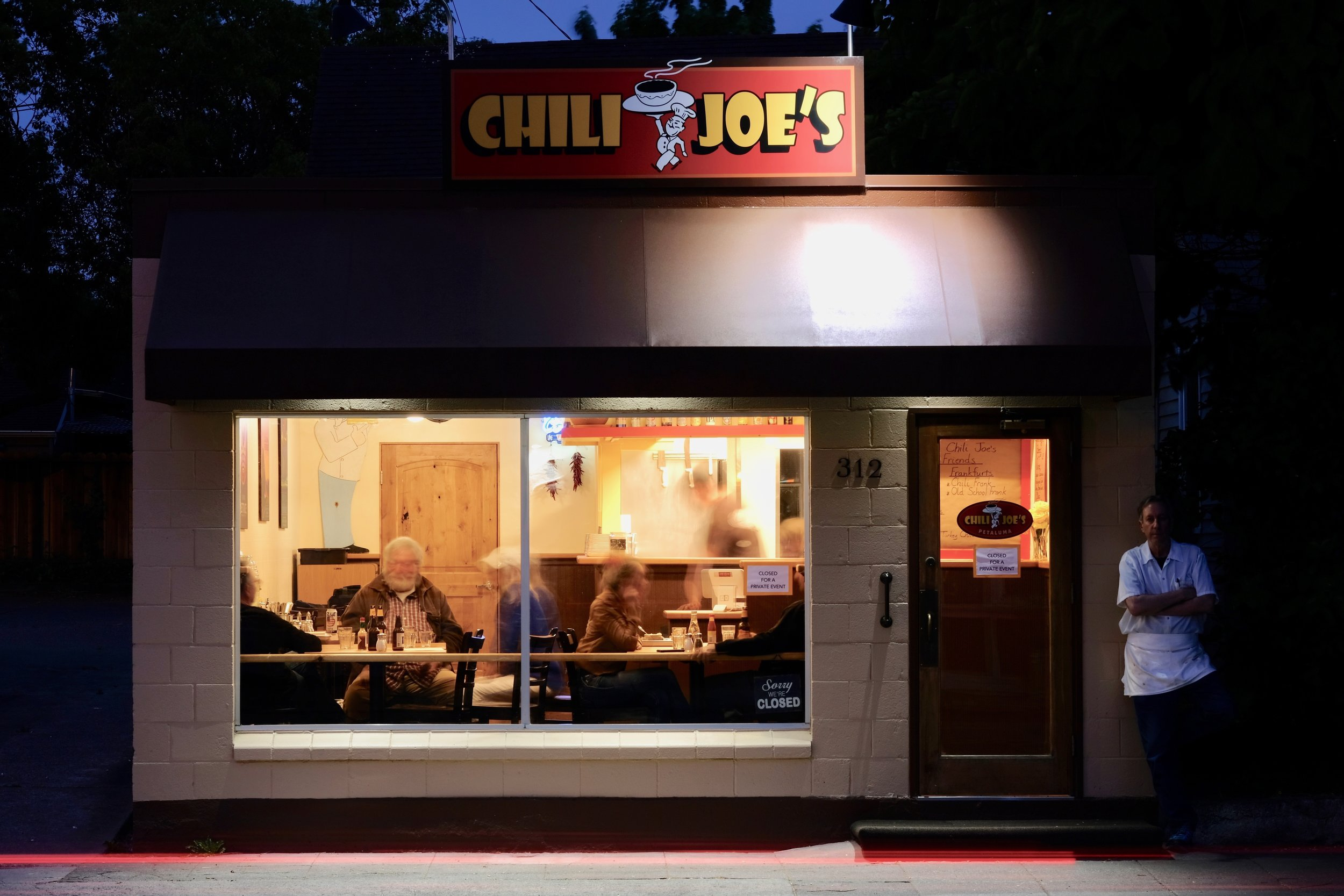 16 Chili Joe's at Night copy 2.jpeg