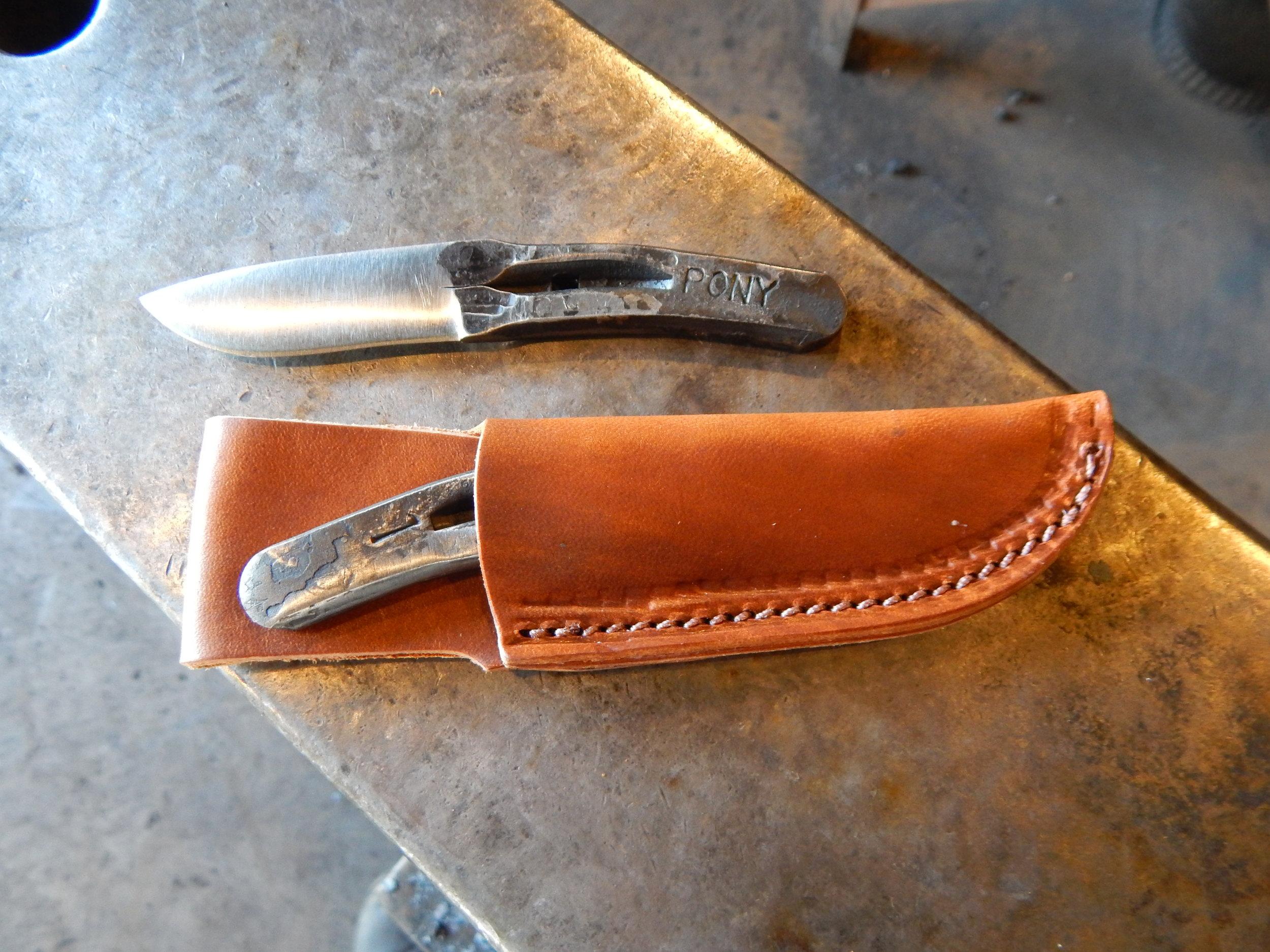 Pony Shoe Knife