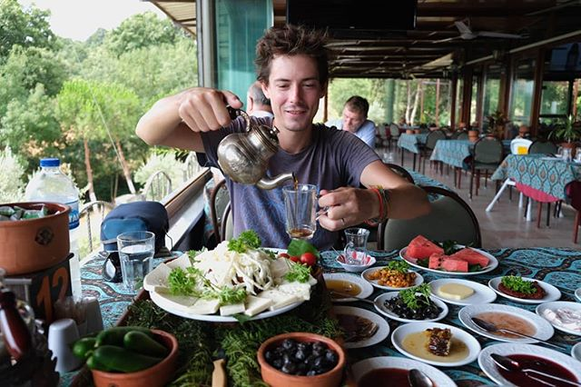 Turkish breakfast is something you can not miss. Prepare yourself for a 2 hours long meal (at least). #mapsandwheels #aworldworthcycling #turkey  #homeiswhereyoutakeit #adventure #biketravel #biketouring #cycletouring #worldbybike #fromwhereiride #storiesfromtheroad #whyiride #cycling #neverstopexploring #slowtravel #biketour #bicycletrip #bikewander #cyclinglife #adventurecycling #staywild #getoutstayout #wanderlust #adventureiswaiting #adventureiswaiting #inspiredtravels #cycletheworld #voyageuravelo #adventurecycling #getoutside #foodie #breakfast