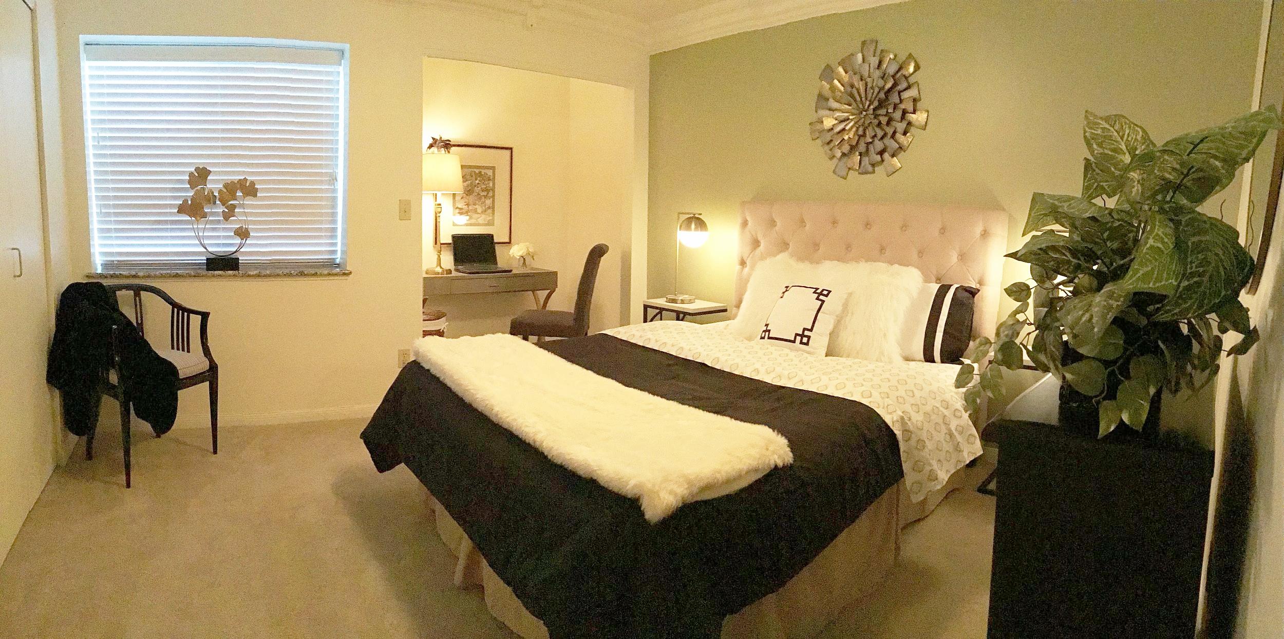 Staging Tulsa - Zarrow Pointe Bedroom Pano.JPG