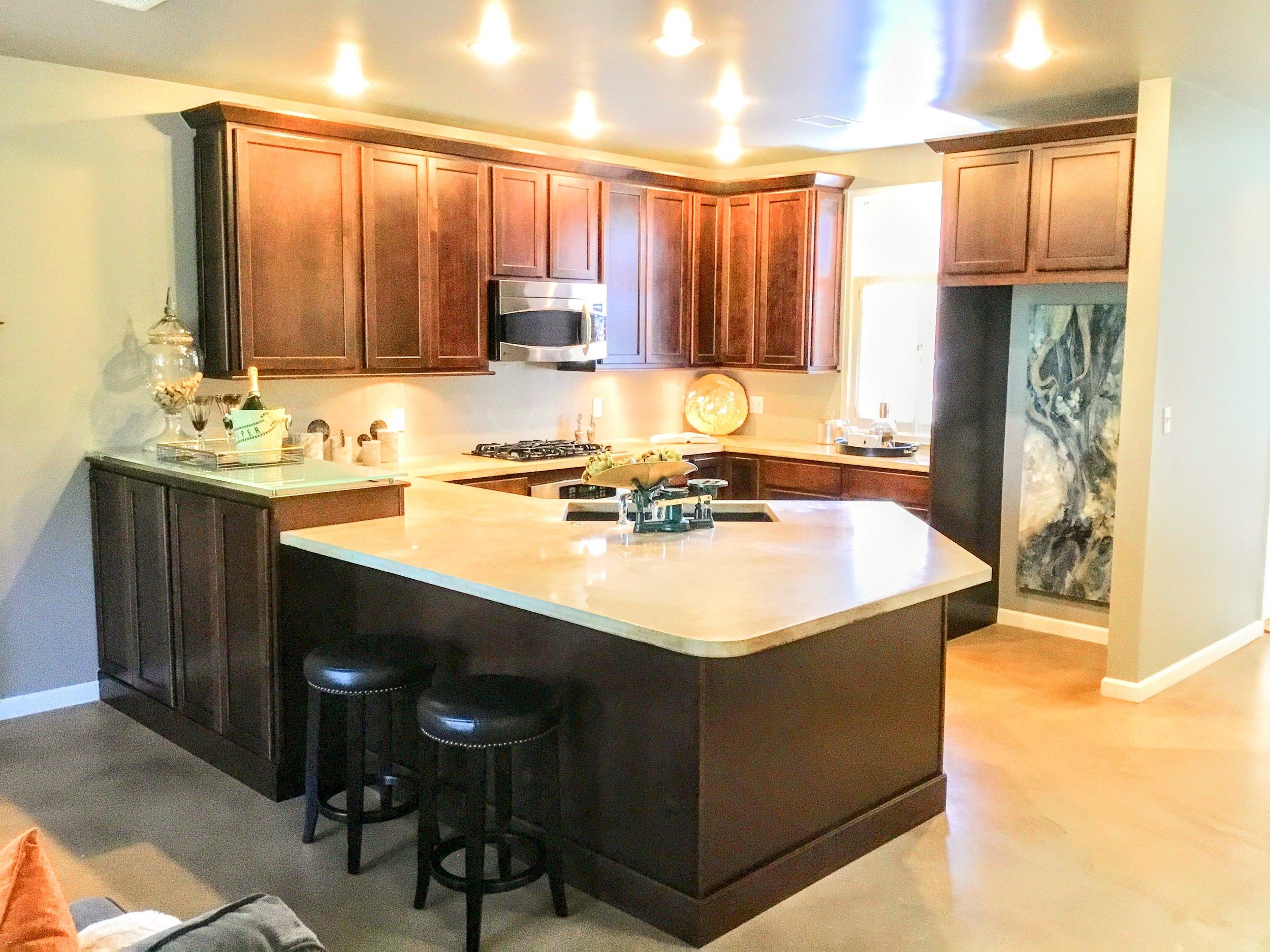 Staging Tulsa - Central Park Condo Kitchen.jpg