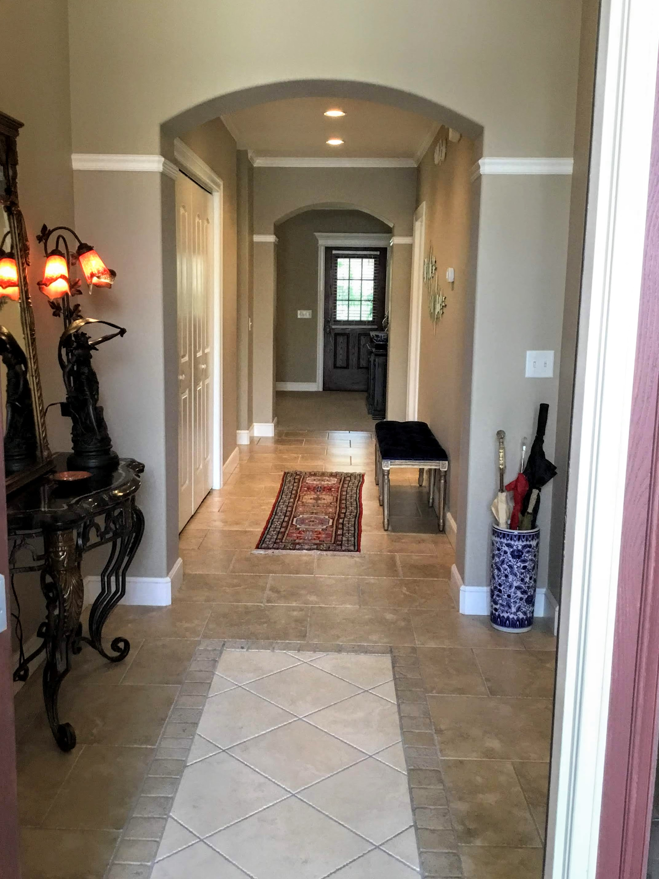 Staging Tulsa - Zarrow Pointe Villas Entry Hall Full.jpg