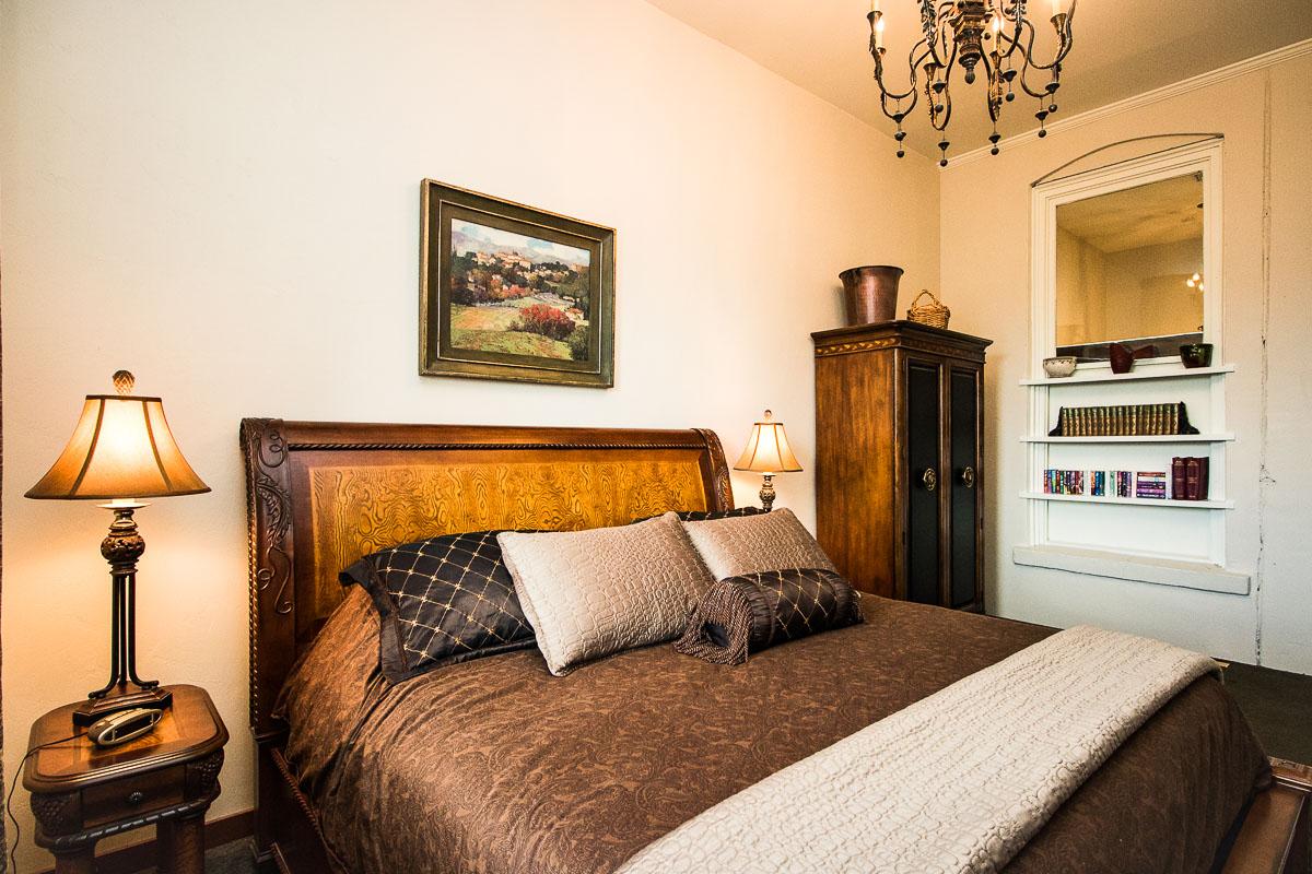 Cellar Bedroom 1200x800 72ppi.jpg