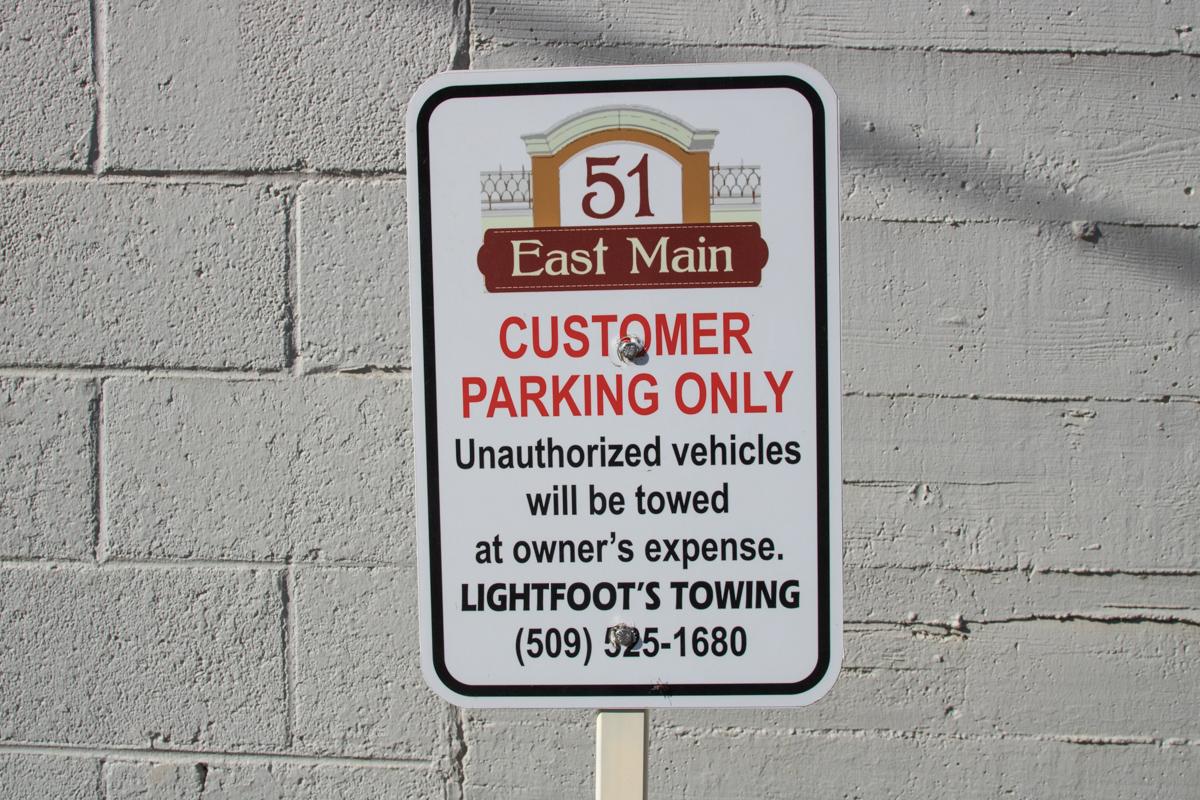 Extra Parking 1200x800 72ppi.jpg