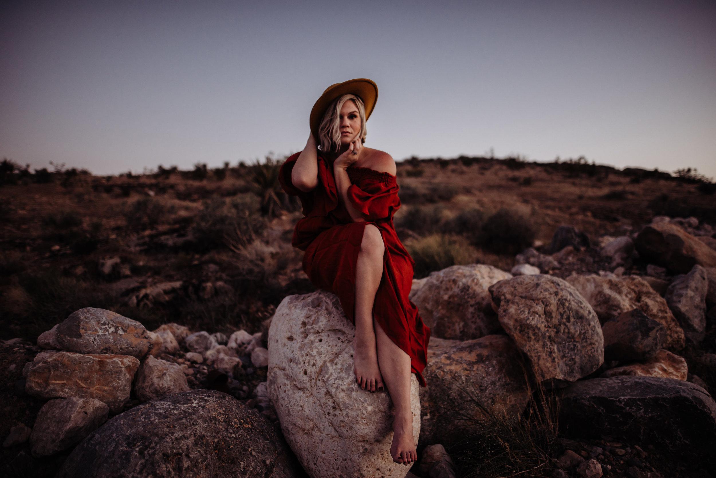 Meet Kristina - ▷ HOUSTON, TX   Available for travel worldwide▷ Adventurous, intimate, raw love photography