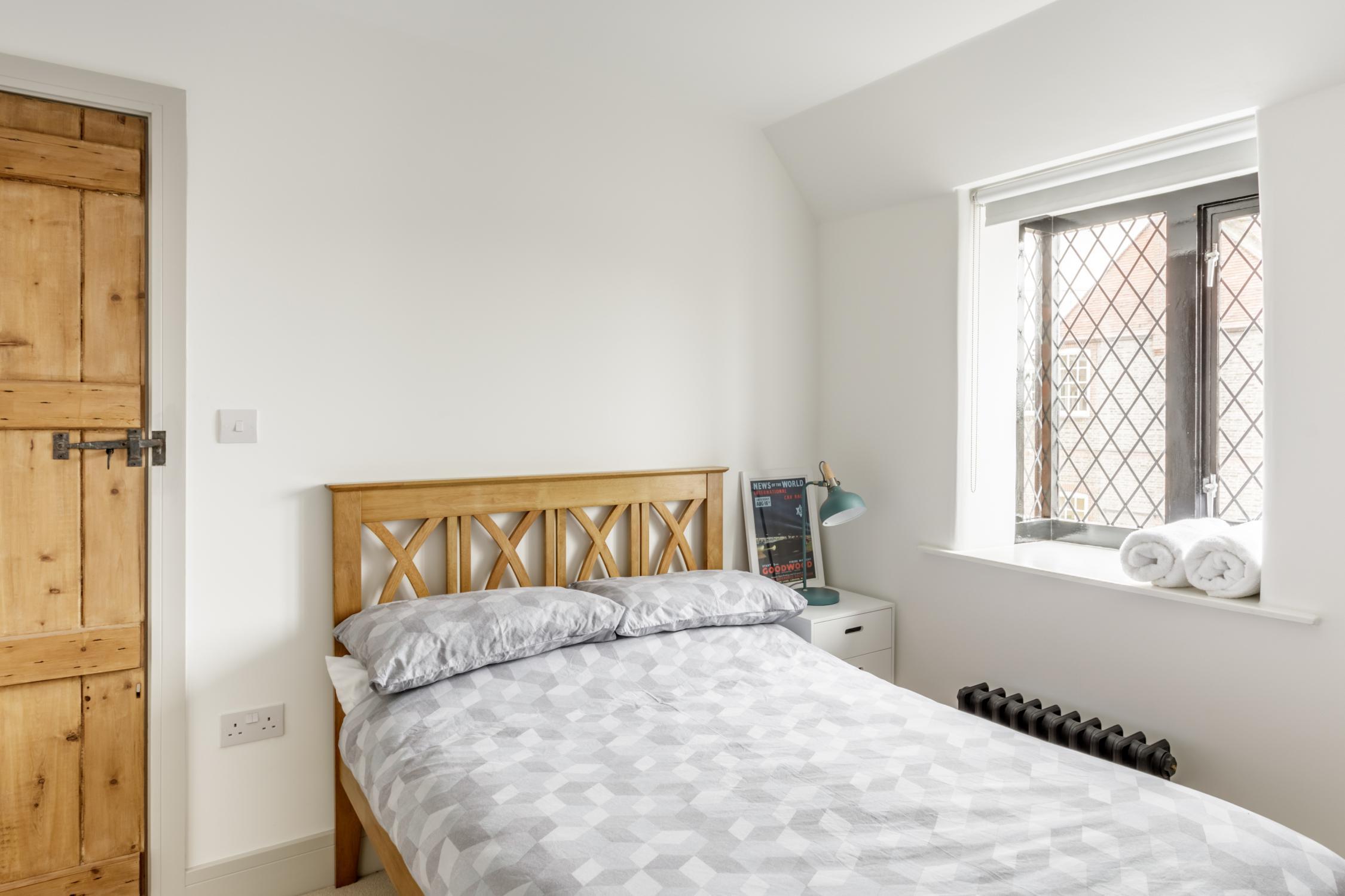 Worthing Builders-ExtraOrdinaryRooms-Arundel renovation Bedroom.jpg