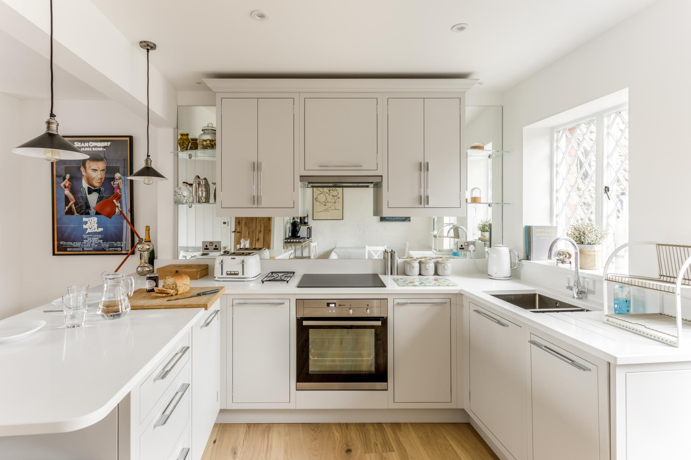 Worthing Builders-ExtraOrdinaryRooms-Arundel renovation hand made kitchen.jpg