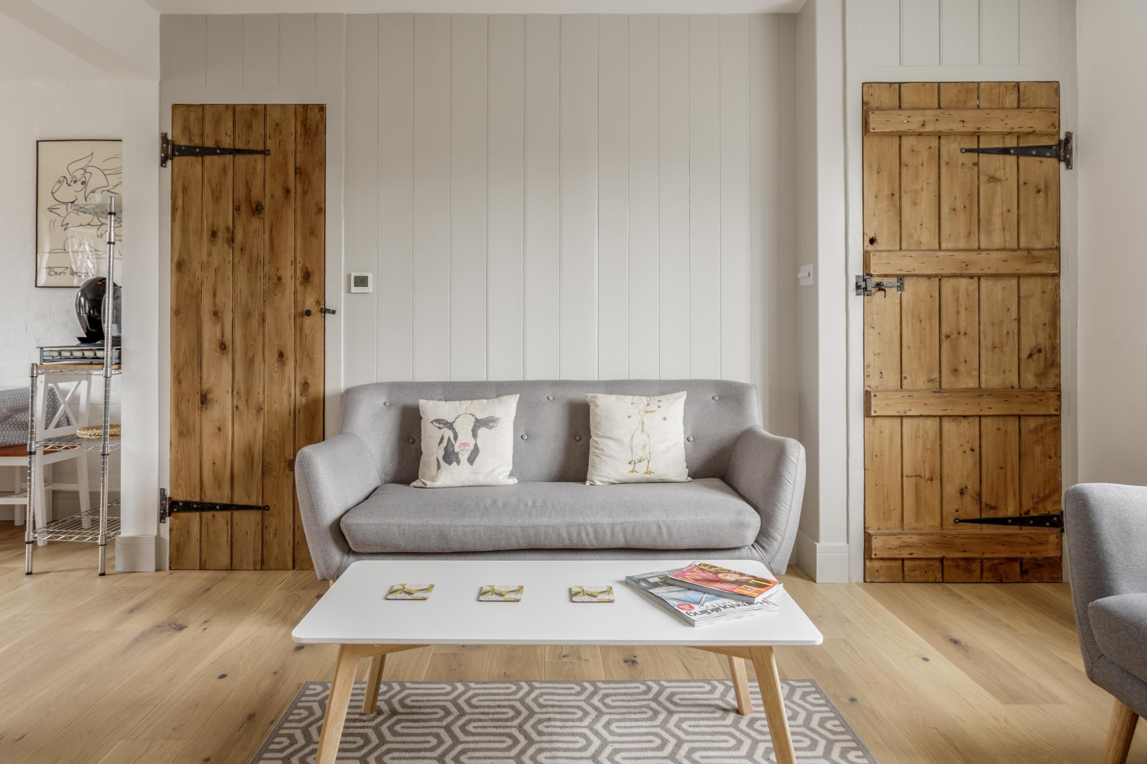 Worthing Builders-ExtraOrdinaryRooms-Arundel renovation lounge.jpg