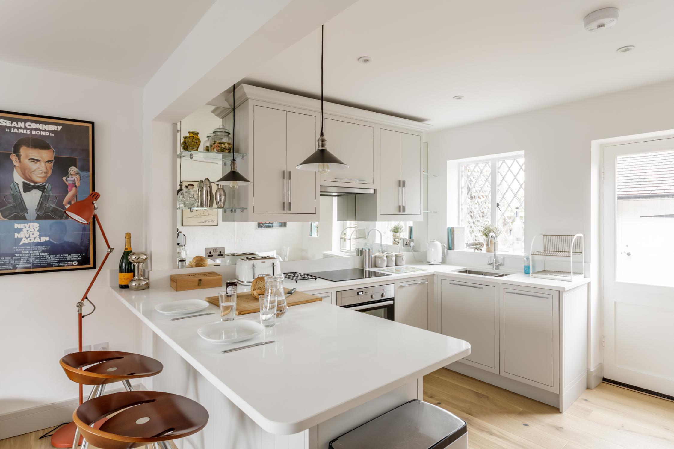 Worthing Builders-ExtraOrdinaryRooms-Arundel renovation1.jpg