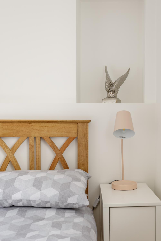 Worthing Builders-ExtraOrdinaryRooms-Arundel rusing space int he bedroom.jpg