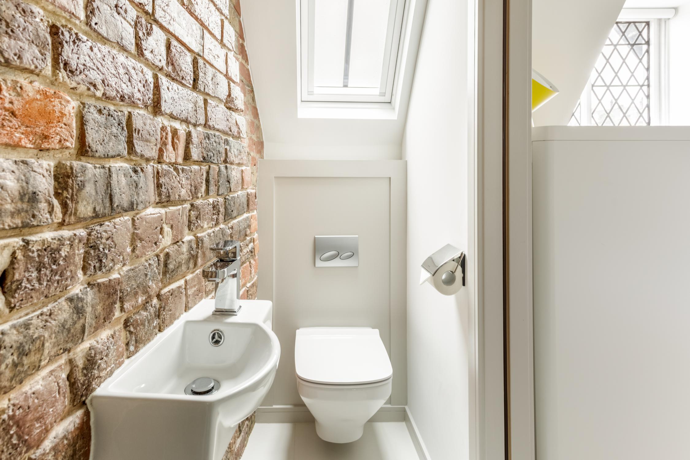 Worthing Builders-ExtraOrdinaryRooms-Arundel renovation Luxury Ensuite.jpg