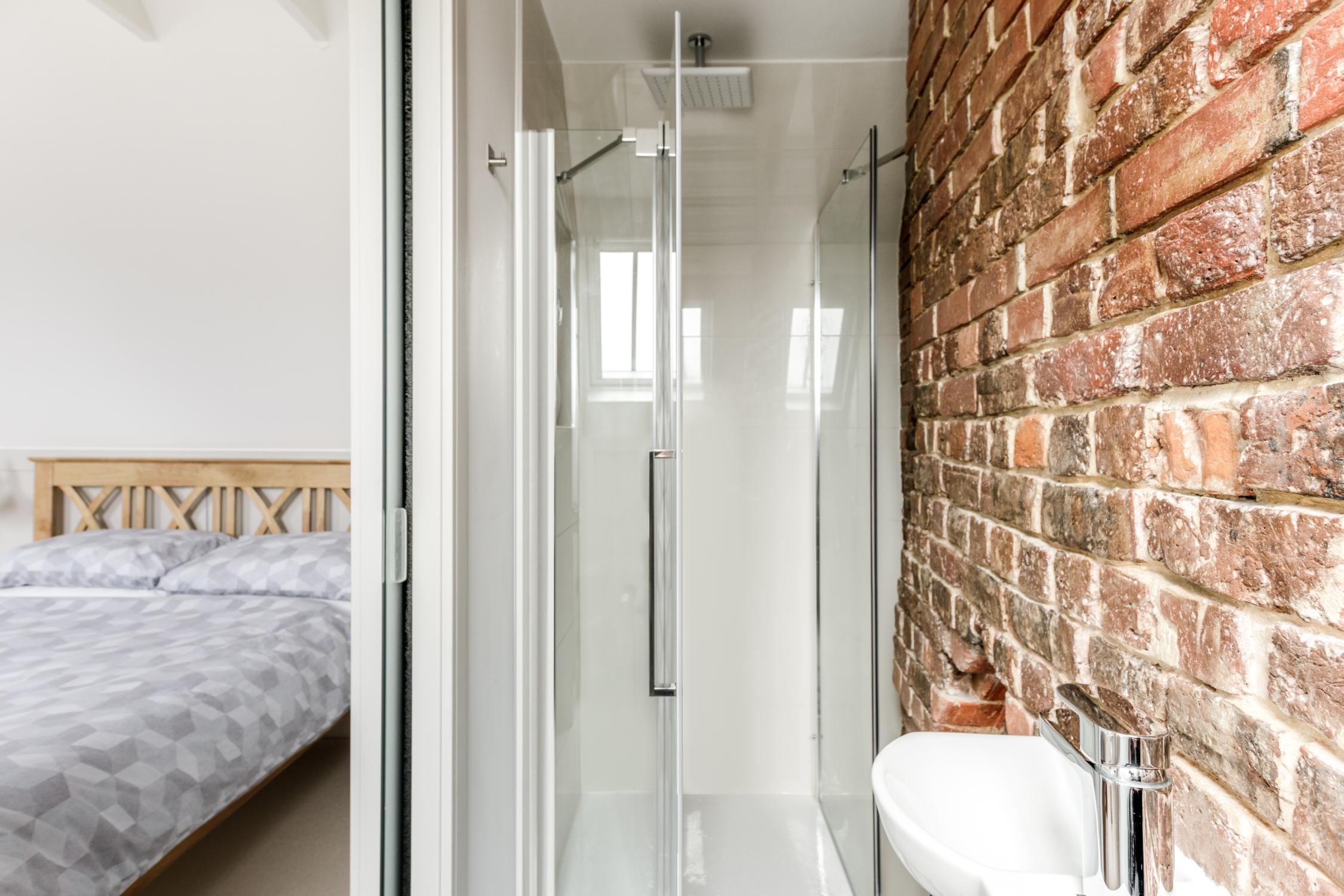 Worthing Builders-ExtraOrdinaryRooms-Arundel renovation.jpg