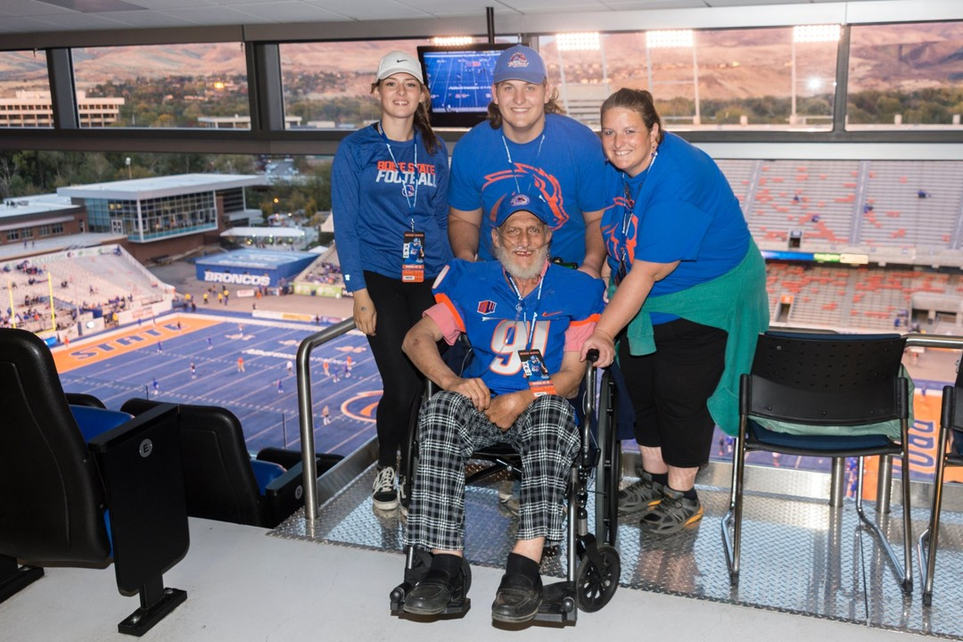 DeWayne Wadsworth prepares to watch the Boise State-BYU Oct. 20. With him to watch the game in the Stueckle Sky Center are his daughter Michele Alidjani, grandson Alex Wood and granddaughter Marissa Jones. Chad Estes Special to the Idaho Statesman