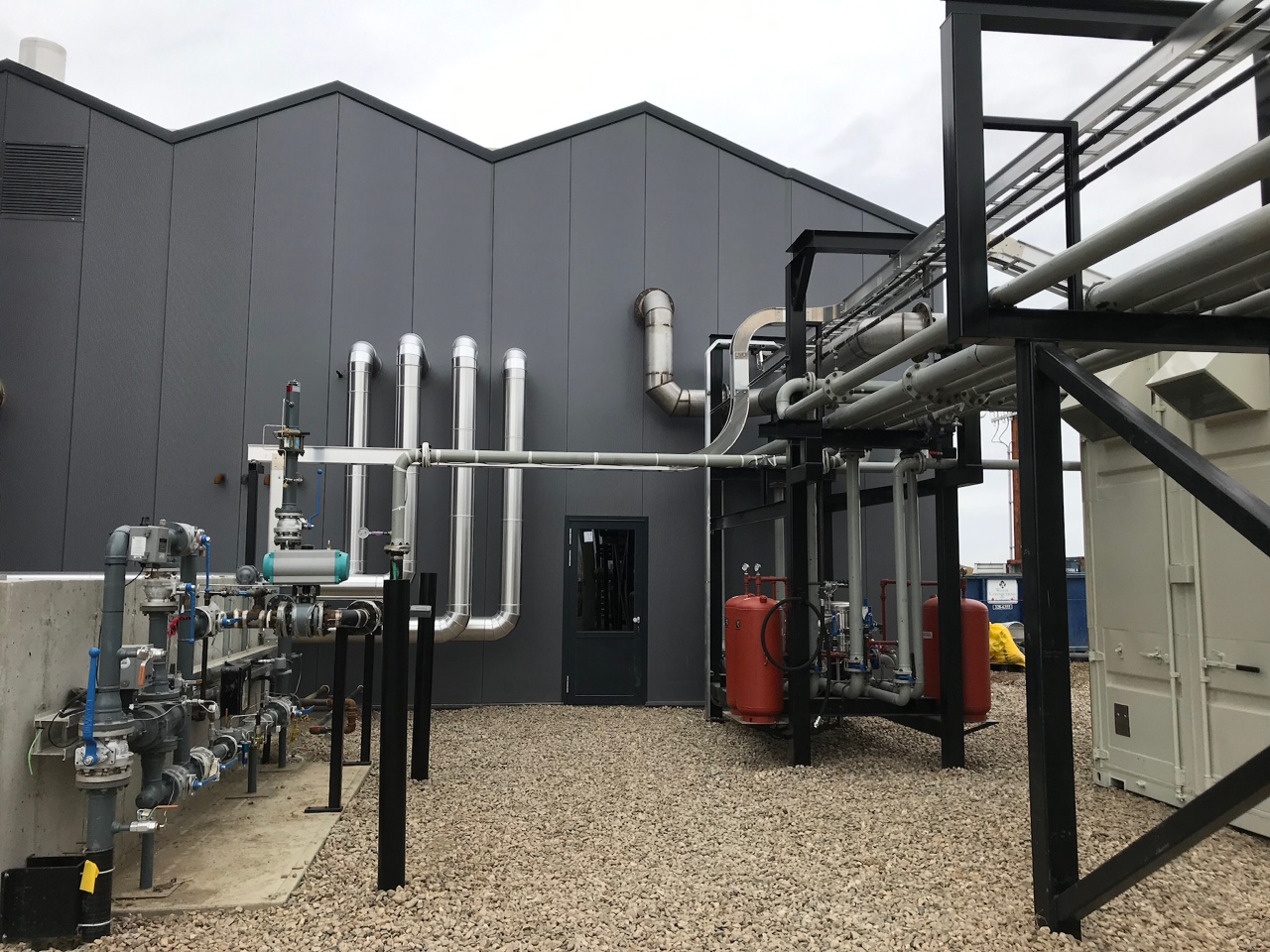 2019-04-09 piping into Greenhouse.JPG