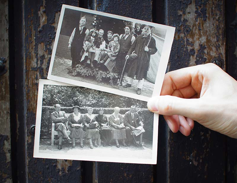 Loose black and white photos are very common and need to be preserved.