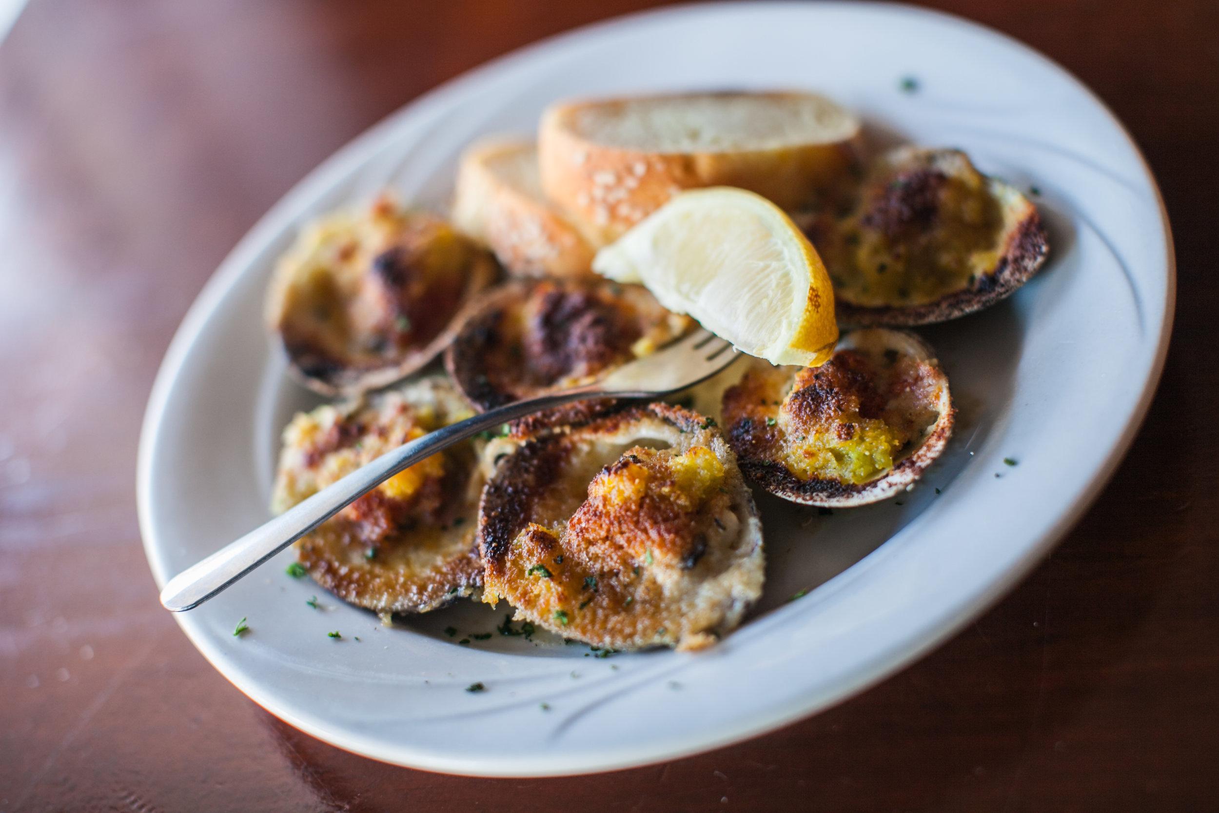 Fresh local clams. Photo: Ann Coen