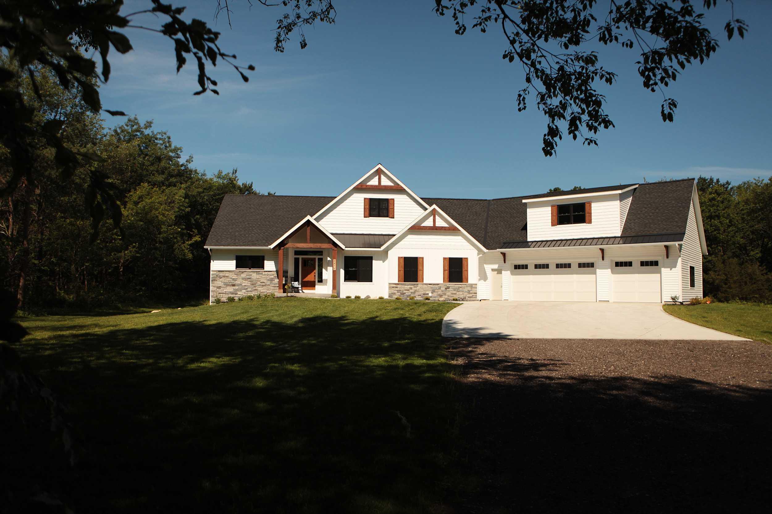 modern)home(1)web.jpg