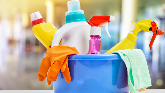 Image: Cleaning supplies arranged in a bucket