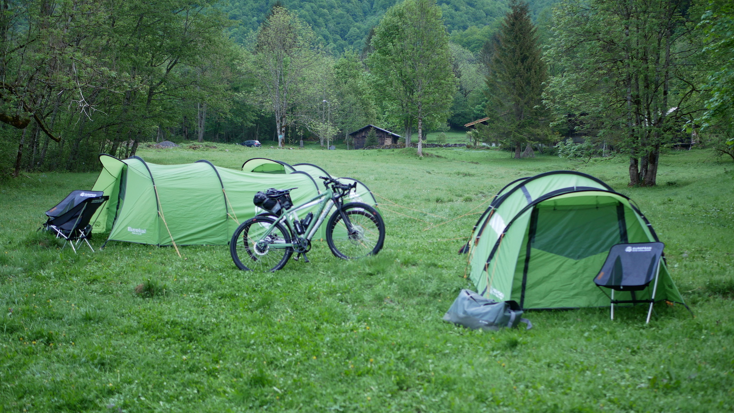 Participants package: - Assistance by a professional crew including luggage/technical supportSantos gravel bike for 15 days (13 cycling days and 2 resting days)Sleeping in expedition tents (sleeping alone, enough room for a friend) or luxurious hotelsBreakfast (at overnight location)and dinner       (at overnight locations and restaurants)Professional nutrition/drinks packageCastelli jerseyOptional:Castelli all weather package (extra jersey, 2 bibshorts, ROS jacket)Navigation tool (Wahoo Elemnt)Wattcycling training and monitoring program